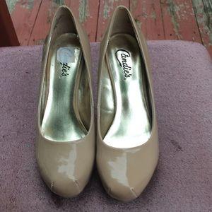 Classic high heel pumps
